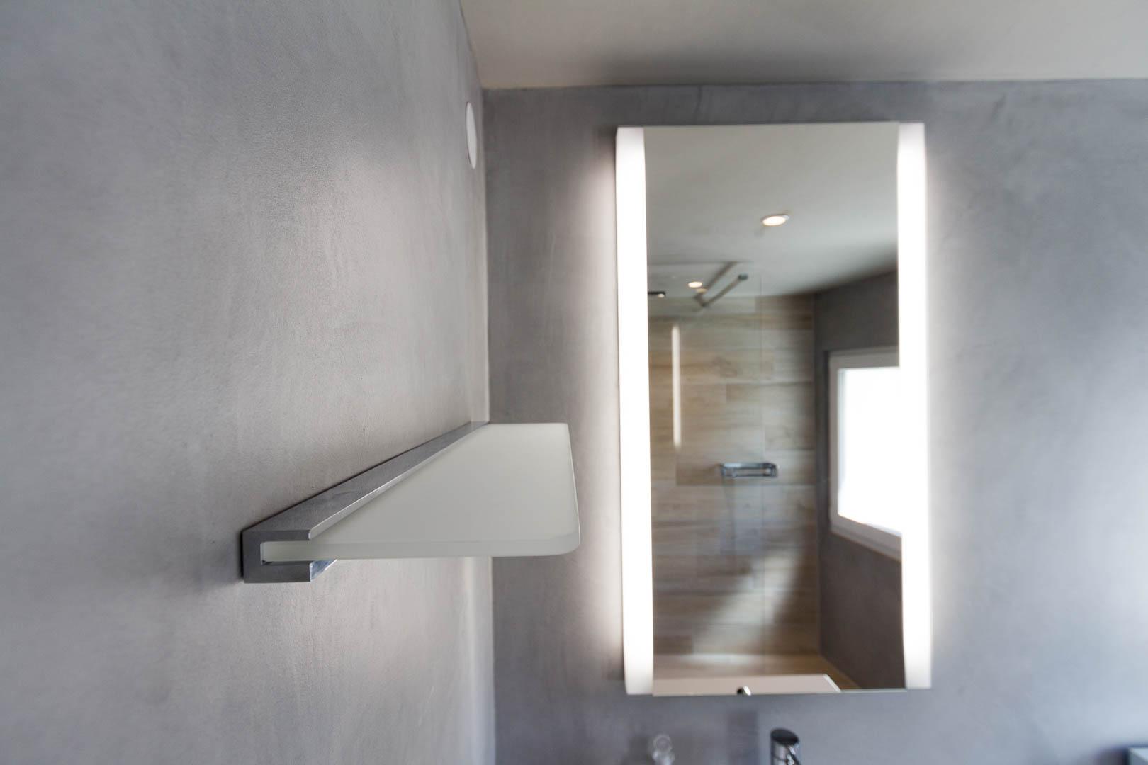 r novation d 39 une salle de bain douche au landeron. Black Bedroom Furniture Sets. Home Design Ideas