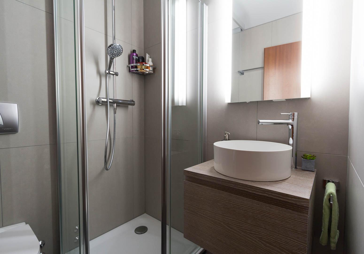 Colonne Salle De Bain Ubaldi ~ r novation d une salle de bain marin epagnier nos r alisations
